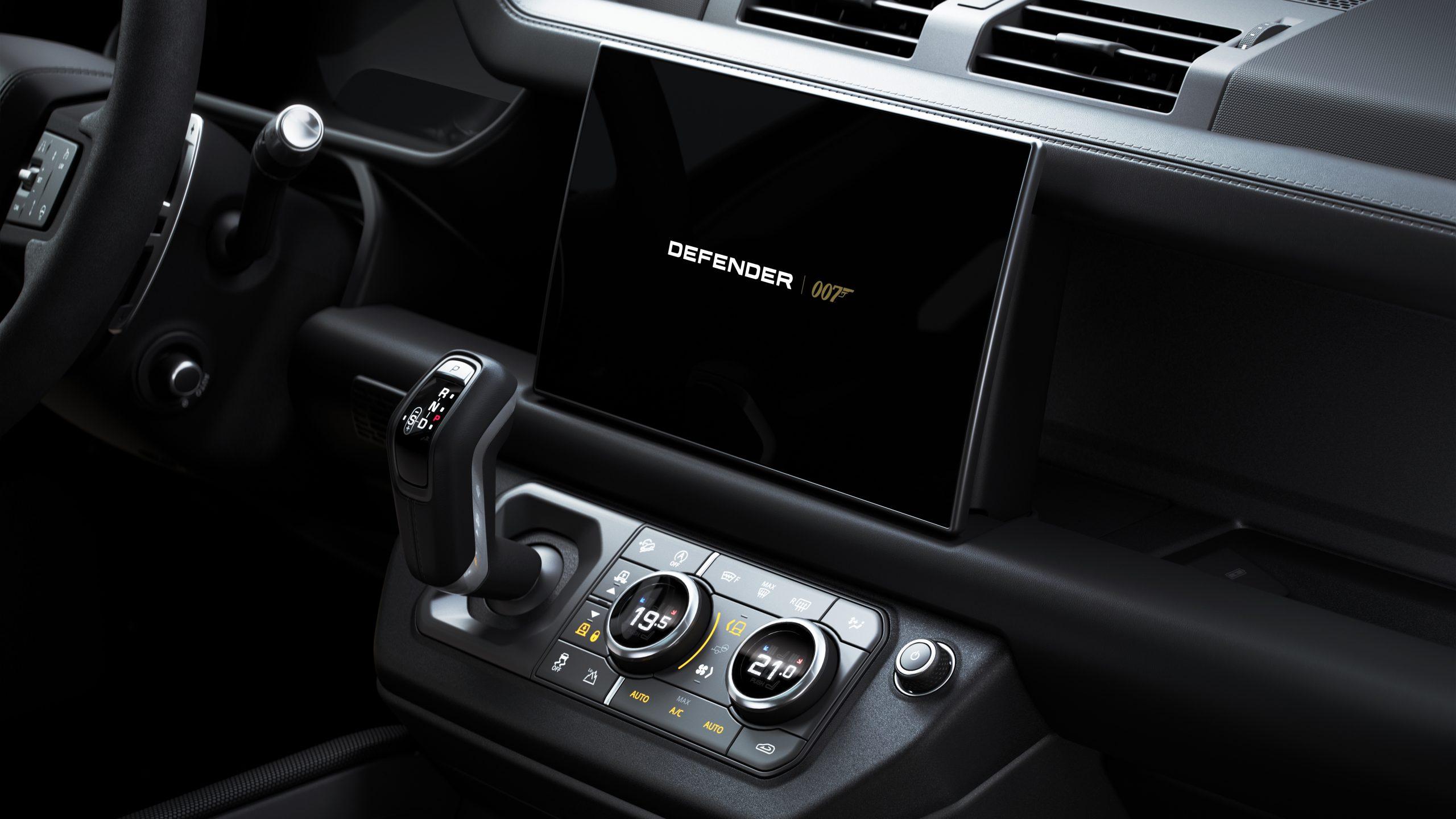 Land RoverDefender V8 Bond Edition
