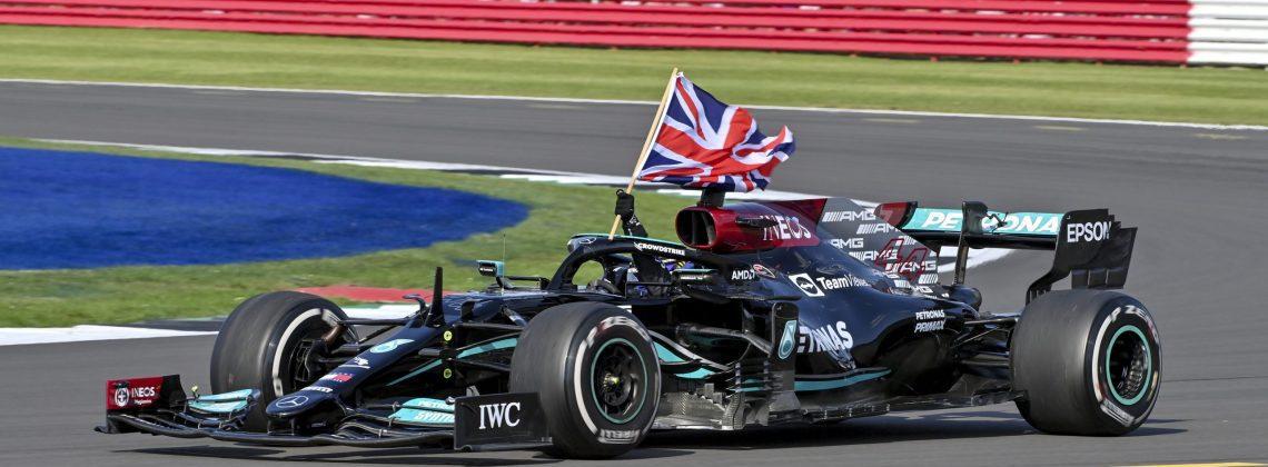 Formula one F1 racing grand prix great britain pertronas FTX